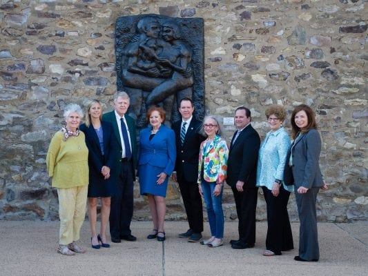 2018 CBP Advisory Board in sculpture garden